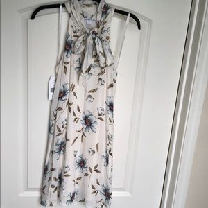 NWT 🌿Love Riche Floral Dress 💕